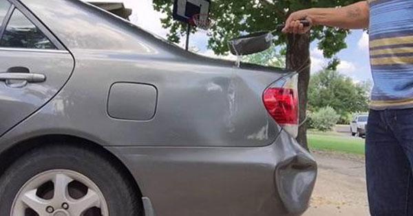 【※トリビア】超簡単!身近にある●●を使って車のへこみを直す動画が海外で話題に!