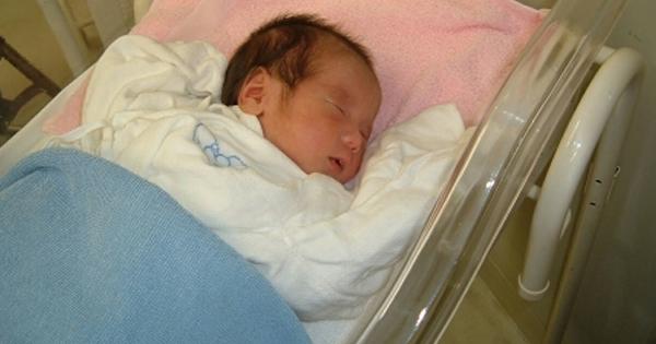 【※人が怖い話】息子を出産すると、病院に義兄嫁が見舞いに来た。すると、次の日もその次の日も・・・とうとう退院の日に事件が!