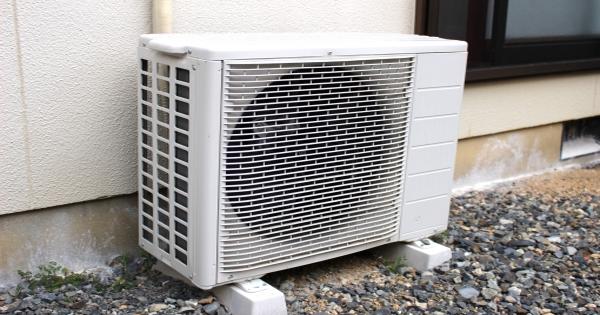 【※猛暑の夏はこれで乗り切れ!】『エアコンの室外機に◯◯するだけで劇的に冷えるようになった・・・』斬新な発想の裏ワザ7選がネット上で大反響!